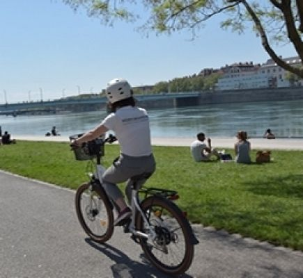 Greater Lyon – Guided tour on an electric bicycle - 2h