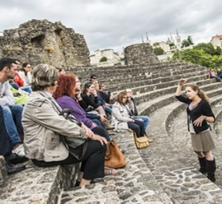 Storytelling tour of Fourvière's ancient theatres