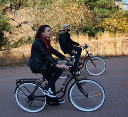 Guided tour of Lyon on a vintage bike (2½ hrs)